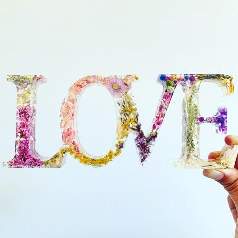 LOVE flores